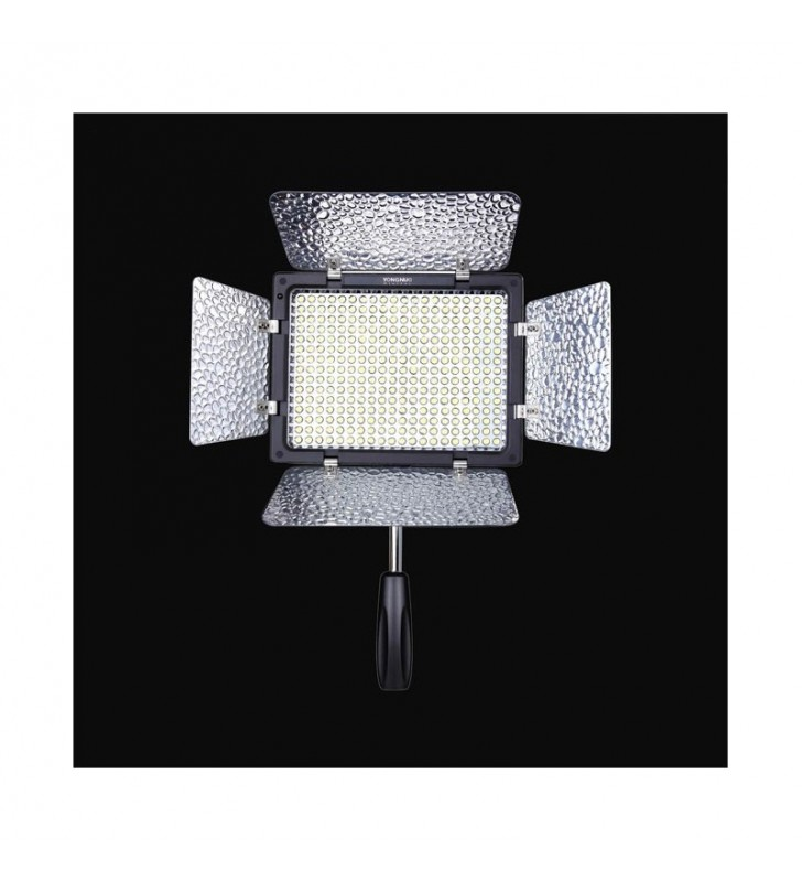YONGNUO YN 300-LL LED LIGHT